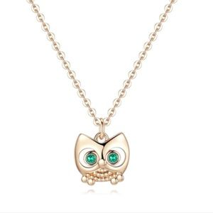 Wisdom Owl necklace - Gold